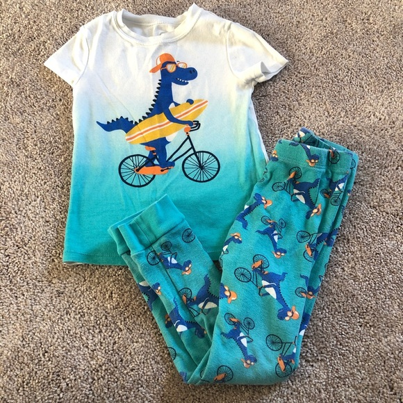 Wonder Nation boys pajama set size 5T
